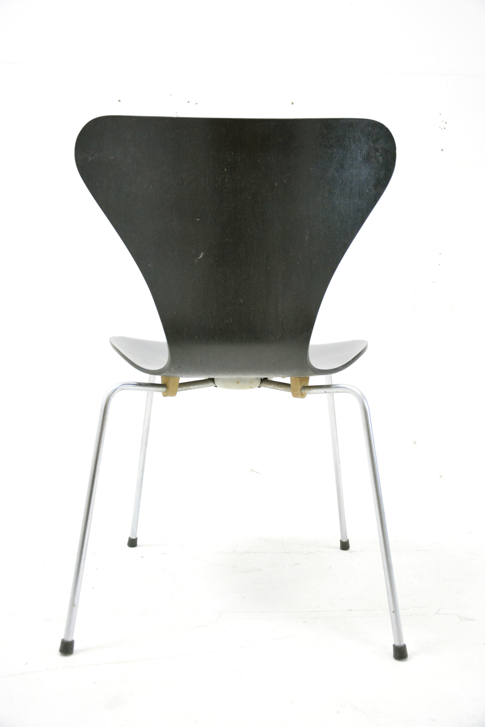 Arne Jacobsen Chairs Series 3107 Black Danish Homestore