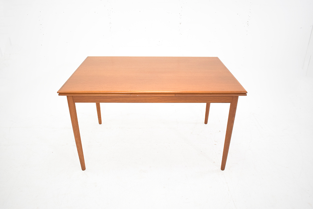 Vintage Dining Table Extendable To Seat 8 Teak