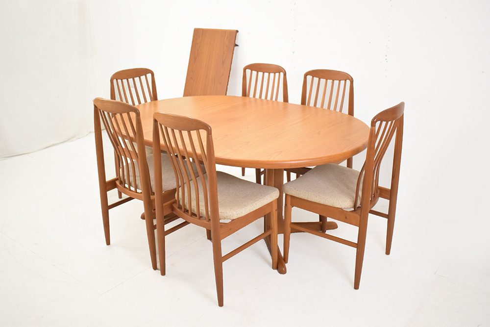 Teak Dining Suite Extendable Table 6 Chairs Dyrlund Skovby