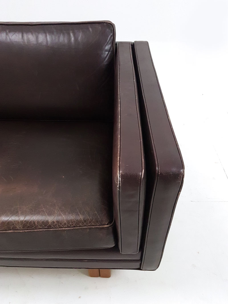 Dining Chairs With Arms Leather