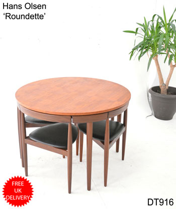 Frem Rojle Roundette dining table in teak with 4 chairs