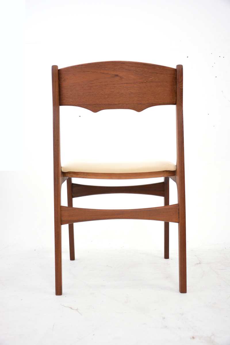 Set Of 6 Teak Dining Chairs New Leather Upholstery