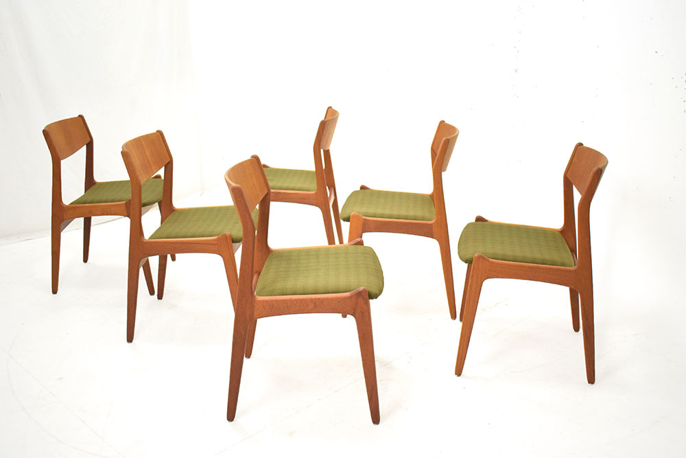 6 Dining Chairs New Upholstered Tarm Stole And Mobelfabrik